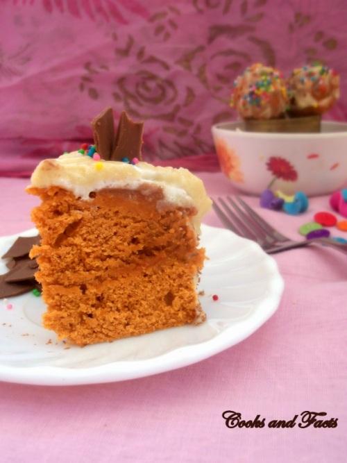 Velvet cake piece